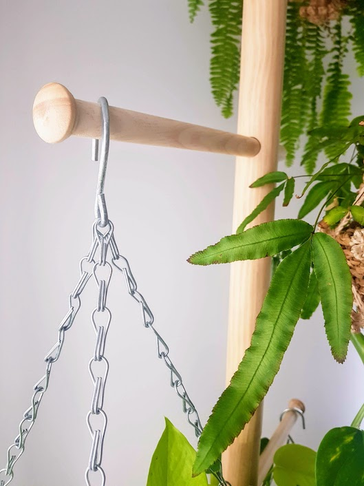 Pine Planter Polet Plant Stand and Hanger